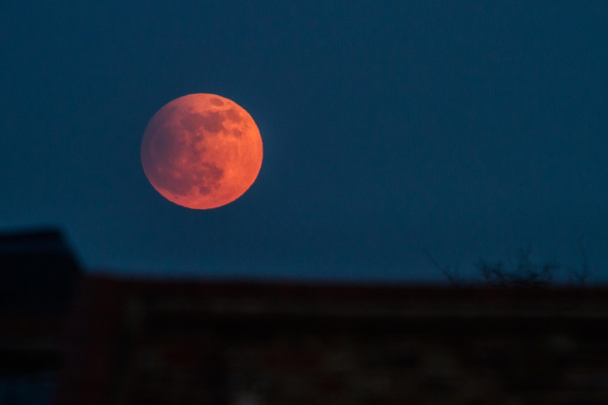 Blood Moon: The last total lunar eclipse for TWO YEARS will be visible on Merseyside