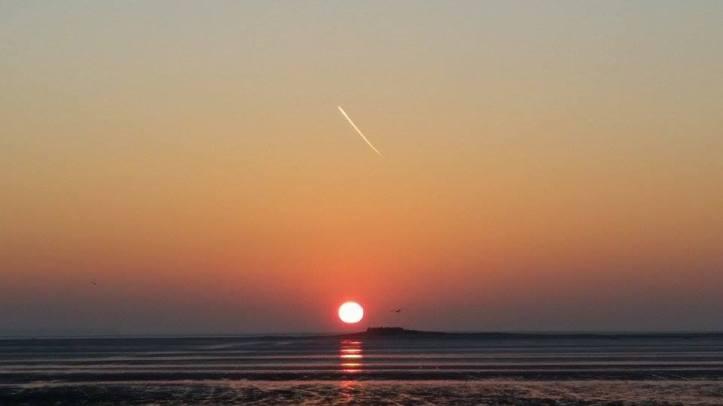 Hillier Island sunset. CREDIT: Kirsty Bakstad