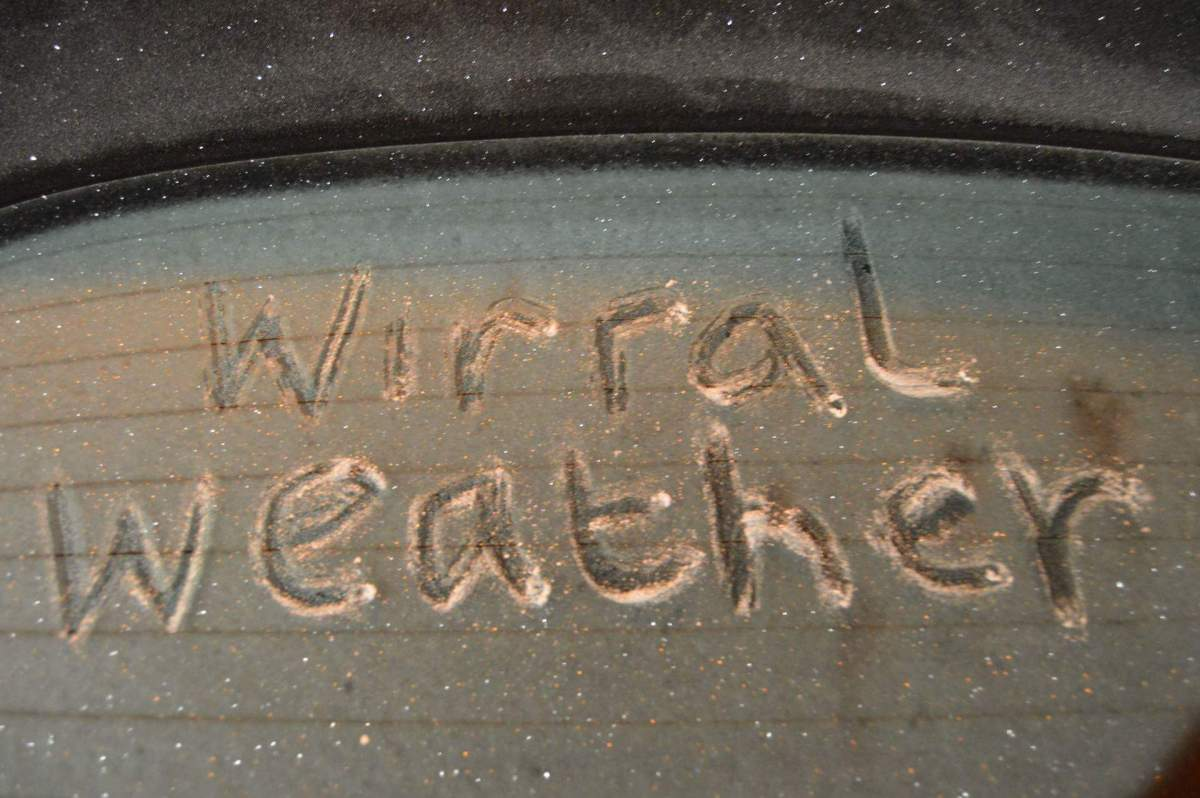 Here's how to de-ice your car properly on a cold morning